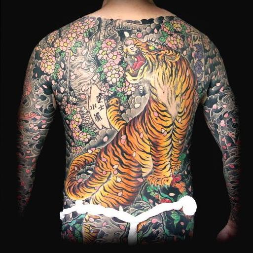 Порнуха с татуировками самые красивые 7 фотография