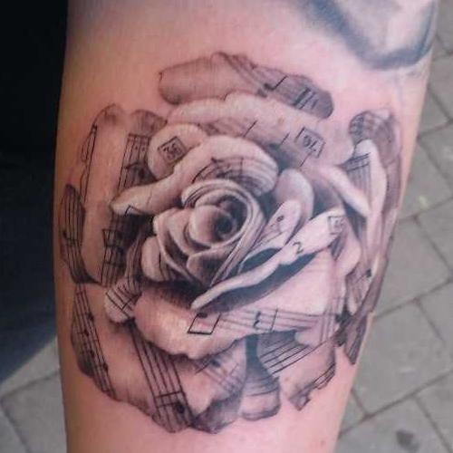 Татуировка белая роза значение